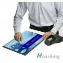 DeskWindoo plakátový systém na pulty